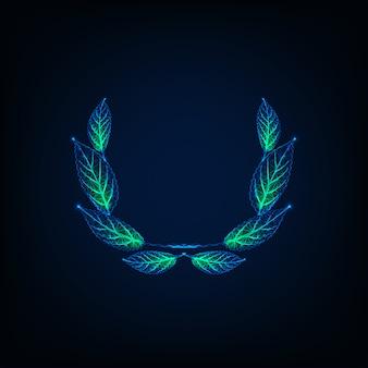 Corona di alloro poligonale bassa incandescente futuristica, simbolo di vittoria, premio vincitore isolato su sfondo blu scuro.