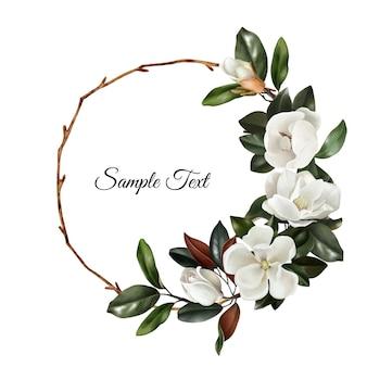 Corona floreale realistica disegnata a mano con magnolie bianche fiori e foglie verdi