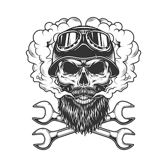 Cranio che indossa casco e occhiali da motociclista