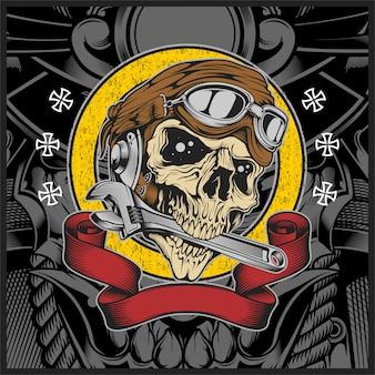 Cranio con casco da motociclista che morde la chiave