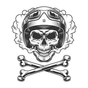 Cranio di motociclista vintage nella nuvola di fumo