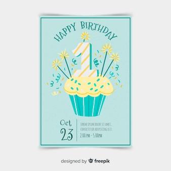Creativo primo modello di biglietto di compleanno