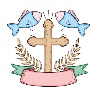 Croce di legno con pesci