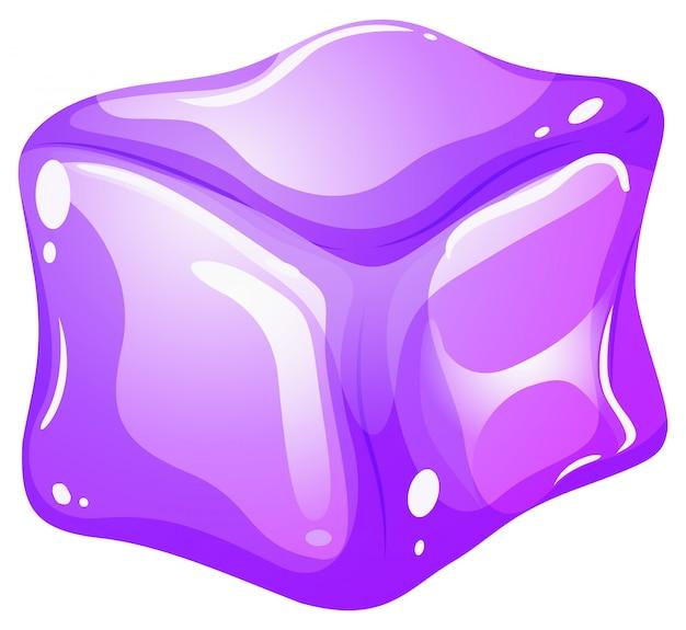 Cubetto di ghiaccio viola su bianco