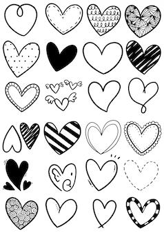 Cuori di scarabocchi disegnati a mano