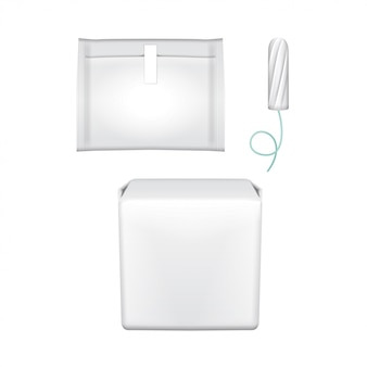 Cuscinetti per l'igiene femminile. confezione in plastica per assorbenti igienici, tampone igienico, tampone. imballaggio su uno sfondo bianco. giorni mestruali