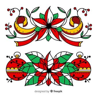 Decorazioni natalizie con globi e fiori