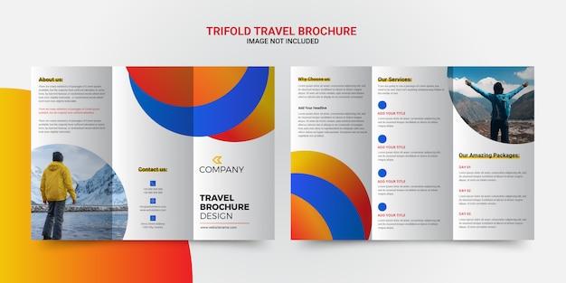 Design brochure a tre ante di viaggio