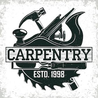 Design del logo vintage per la lavorazione del legno, timbro di stampa grange, emblema di tipografia di falegnameria creativa