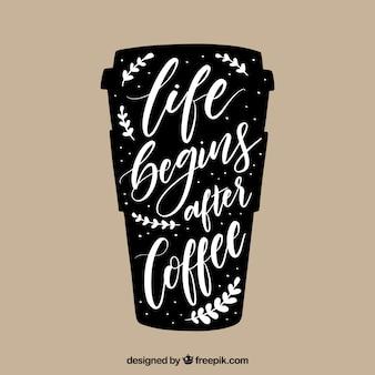 Design di tazza di caffè in plastica con scritte