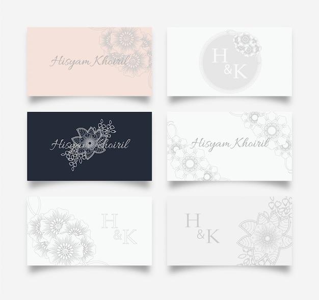 Design femminile biglietto da visita con disegno floreale