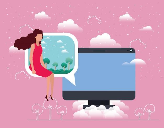 Desktop del computer con la donna nella nuvoletta