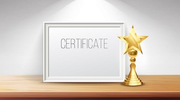 Diploma di certificato con coppa d'oro