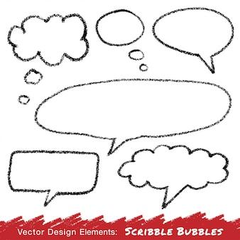 Discorso scarabocchio e bolle di pensiero disegnati a mano a matita.