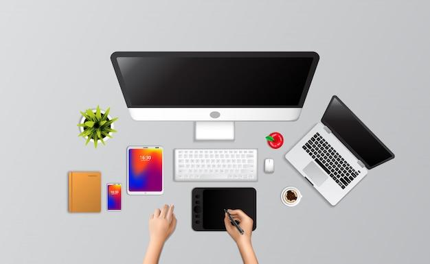 Disegnare a mano designer completo computer portatile setup, scheda disegno, telefono, notebook, caffè dalla vista dall'alto.