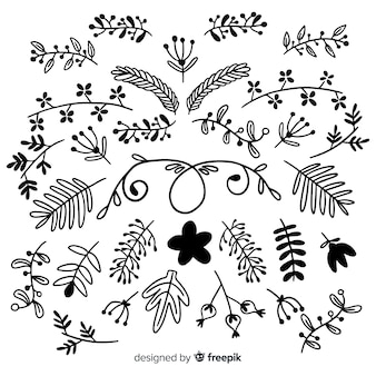 Disegnare a mano elementi di decorazione floreale