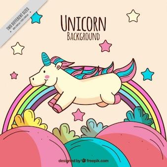 Disegnata a mano felice unicorno in campagna