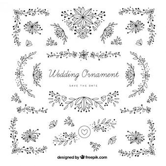 Disegnati a mano ornamenti di nozze con foglie