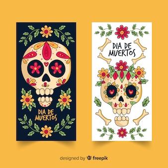 Disegnato a mano delle bandiere di dia de muertos