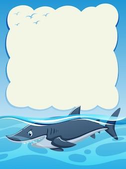 Disegno di sfondo di carta con squalo selvaggio