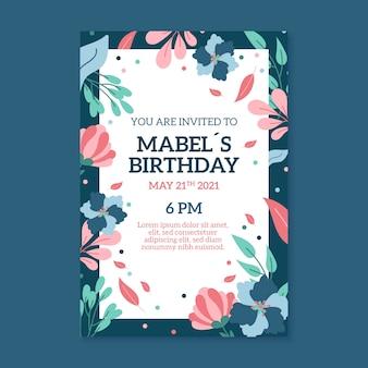 Disegno floreale del modello dell'invito di compleanno
