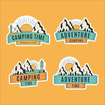 Distintivi vintage per campeggio e avventure
