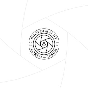 Distintivo di fotografia di matrimonio o design di etichette