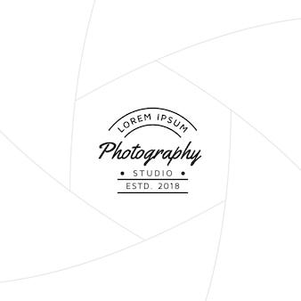Distintivo di fotografia o design di etichette