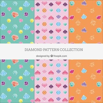 Diversi modelli con diamanti colorati
