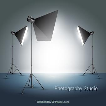 Diversi riflettori per la fotografia in studio