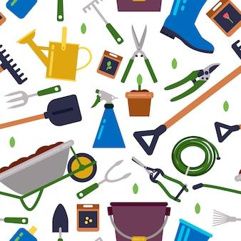 Diversi strumenti per il giardinaggio
