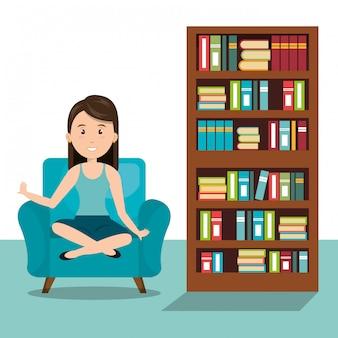 Donna che si siede sull'icona divano