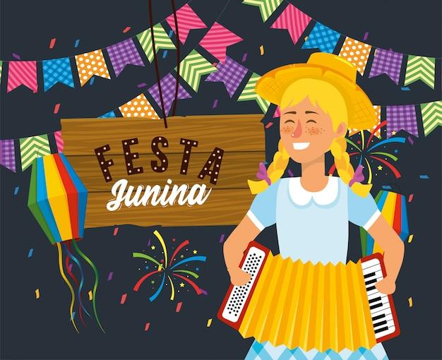 Donna con fisarmonica e stemma in legno con lanterne