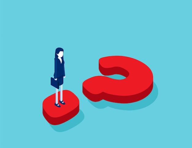 Donna di affari isometrica in piedi sul punto interrogativo
