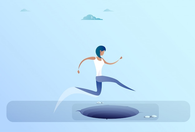 Donna di affari jump over gap al concetto di rischio della donna di affari di successo