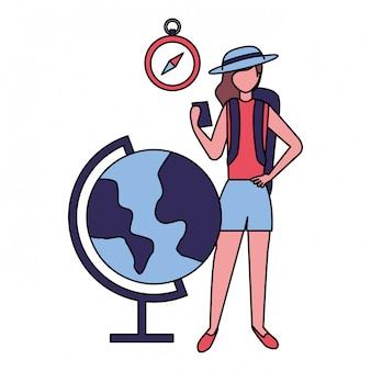 Donna di viaggiatore con mappa orologio mobile