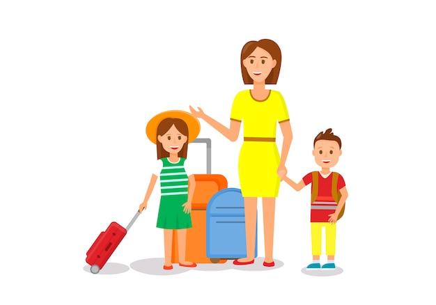 Donna in abito giallo con bambini e bagagli