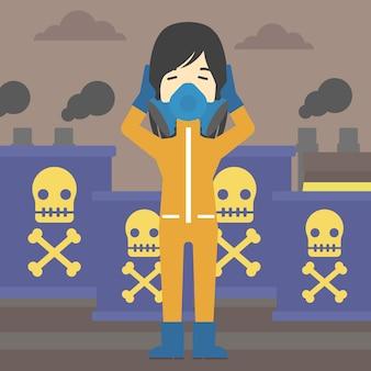 Donna in tuta protettiva contro le radiazioni.