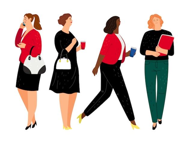 Donne d'affari in abiti formali