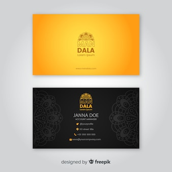 Elegante biglietto da visita con design mandala