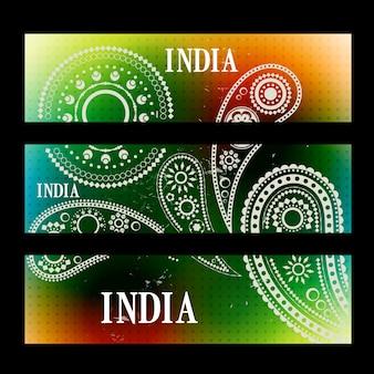 Elegante set di intestazioni indiane