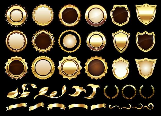 Eleganti etichette dorate. scudi distintivi, pergamene ornamentali in oro e set di illustrazioni vettoriali per etichette retrò