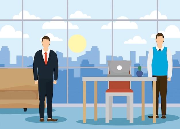 Eleganti uomini d'affari che lavorano in ufficio