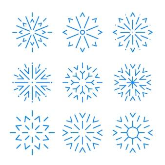 Elementi del fiocco di neve. insieme degli elementi piani del ghiaccio della neve isolati