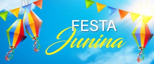 Elementi di junina bella e colorata festa su sfondo soleggiato cielo blu