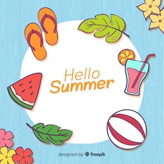 Elementi disegnati a mano di sfondo estate