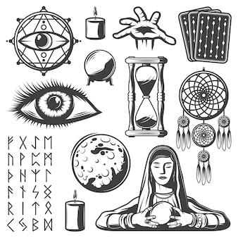 Elementi mistici vintage impostati con carte dei tarocchi candela del cassiere di fortuna del terzo occhio clessidra sfera di cristallo luna runica alfabeto simboli magici isolati