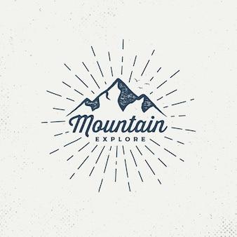 Emblema di montagne di vettore.