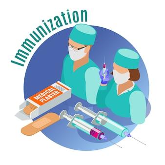 Emblema rotondo isometrico di vaccinazione con strumenti medici due medici e illustrazione di descrizione di immunizzazione
