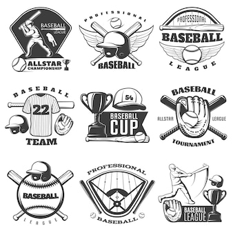 Emblemi bianchi neri di baseball delle squadre e dei tornei con il giocatore di tazza dell'attrezzatura sportiva isolato